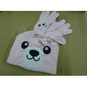 Knitted Hat and Gloves Set for Kids (Hong Kong)